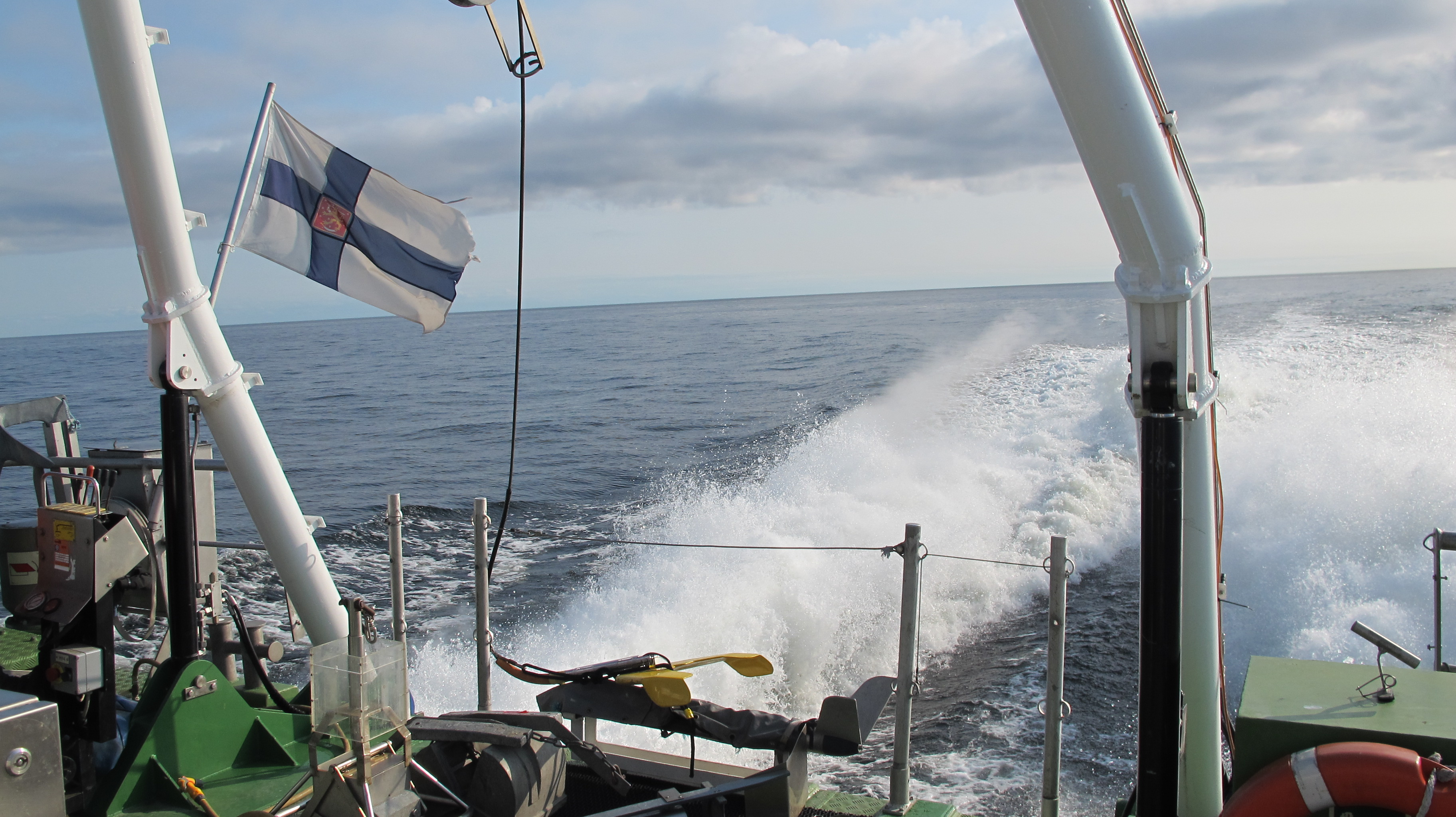 End of the ship, Finnish flag.